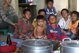 Nutrition programme, SOS Social Centre Battambang - photo: A. Halbhuber