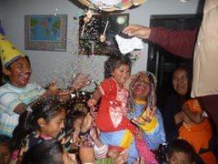 Celebrating together!  (photo: F. Espinoza)