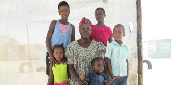 single parent families in jamaica Free single parent papers, essays, and research papers these families consist of single parents and also same sex couples with same sex relationships.