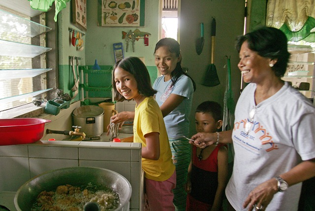 SOS Children's Villages supporting families in the Philippines