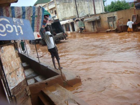Emergency aid after floods in Senegal - SOS Children's ...