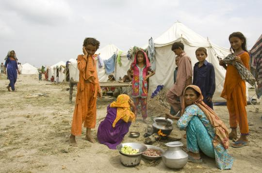 Image result for pakistan poor people