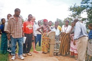 The community teams participated in practical training sessions (Photo: SOS Archives)
