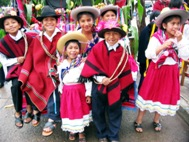 Children dancing La Marcada at the Carnival Children's Parade (Photo: SOS Archives)