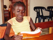 A girl studying at home - SOS Children's Village Bogotá (Photo: SOS Archives)
