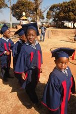 """Graduating"" from the SOS Children's Villages Kindergarten (photo: SOS archives)."