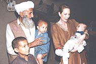 Refugee families in  Badaber - Photo: SOS Archives