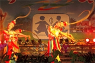 Traditional dance at the event in Yantai - Photo: SOS Archives