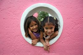 Through the wall - photo: C. Martinelli