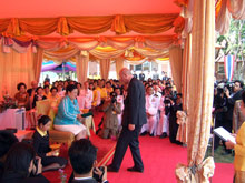 President Kutin receiving the Royal Thai Order in Chiang Rai - Photo: SOS Archives