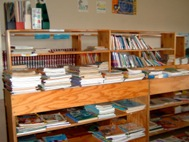 The library at the Hermann Gmeiner Primary School (Photo: B. Dimbleby)