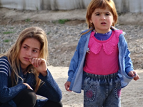 Yazidi children in the Khanke refugee camp in northern Iraq (Photo: Ralph Gladitz)