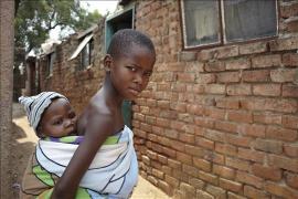 Two brothers, Family Strengthening Programme Tlokweng - photo: Michela Morosini