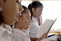 Singing lesson at SOS Children's Village Tehuacán (Photo: P. Hahn)