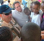 Wilhelm Huber (in the middle) with the president of SOS Children's Villages, Helmut Kutin - Photo: H. Atkins