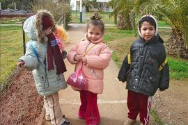 Returning home from SOS Kindergarten Draria - photo: S. Houalet