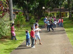 Having fun after school (photo: S. Cesar)