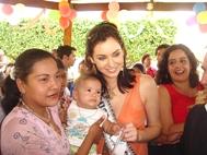Natalie Glebova, Miss Universe 2005, at the SOS Children's Village Managua - Photo: S. Beer