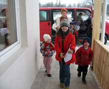 Arrival of the first children at SOS Children's Village Valmiera - Photo: SOS Archives