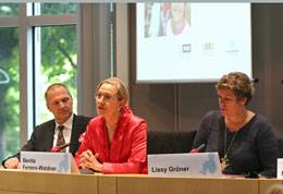 R. Pichler, Benita Ferrero-Waldner and Lissy Gröner - Photo: EP - European Parliament