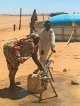 Water is scarce in the refugee camps in Chad - Photo: Y. van den Broek