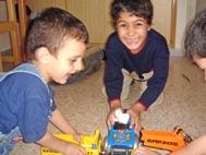 Children playing indoors, Lebanon - Photo: L. El-Elaimy