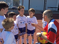 Children at the training session of Costa Ricas national team - Photo: M. Schalk