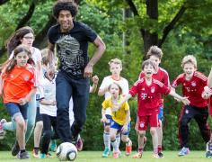 """""""If he is doing it, It must be good"""" - Dante, Champions League footballer and family man@ P. Witmann"""